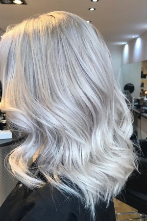 blonde-hair-colours-at-beach-hair-and-beauty-salon-in-hove